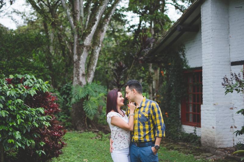 fotografos-en-fusagasuga-pareja-novios-preboda-bodas-hacienda-coloma