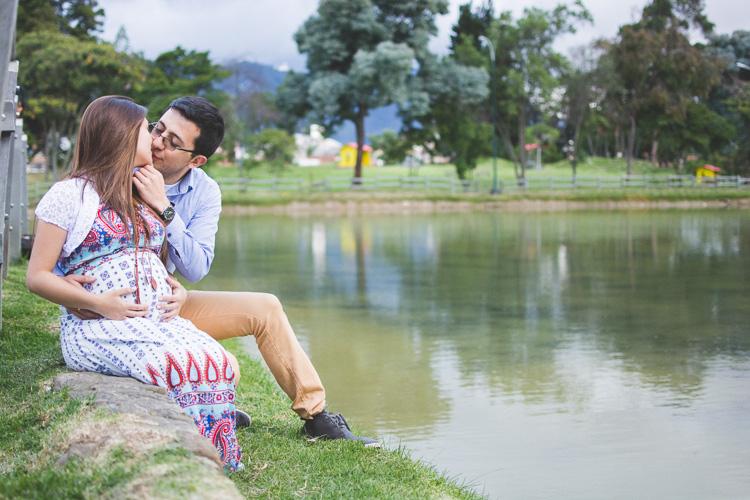 fotografia de embarazadas-parque-de-los-novios